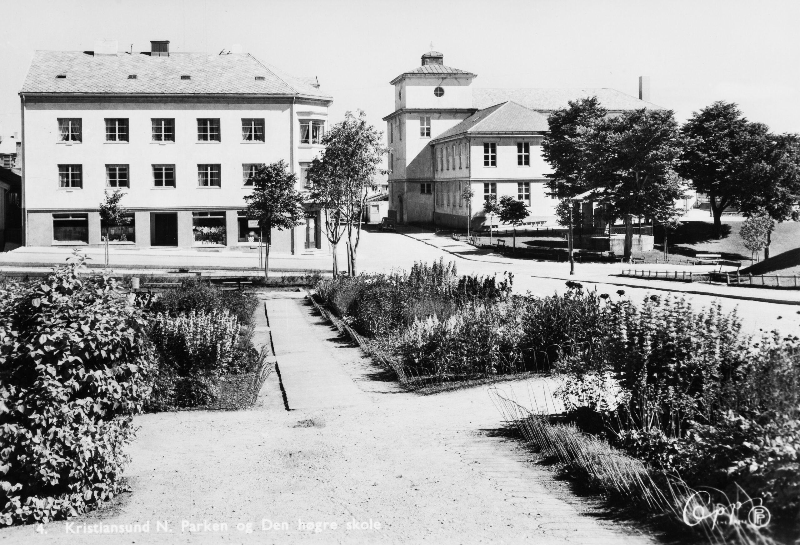 Gammelt bilde av Langveien ungdomsskole